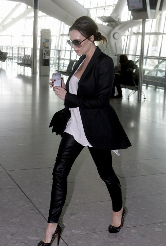 Victoria Beckham en route pour la Fashion Week de New York