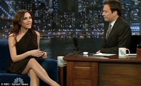 Victoria Beckham plus vraie que nature à l'émission Late Night With Jimmy Fallon