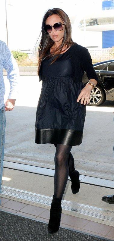 Victoria Beckham - LAX Airport - 15 mai 2011