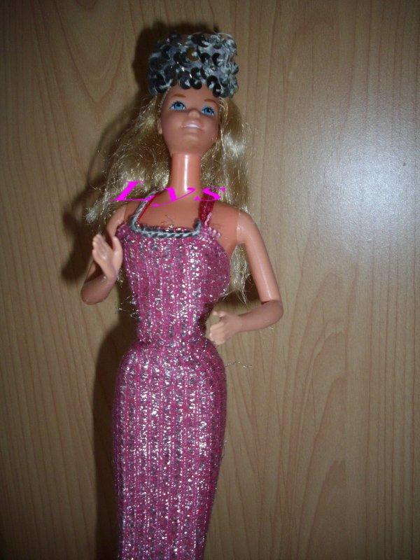3) Barbie Super Star 1977