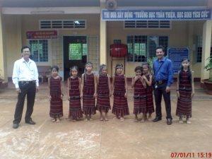 Groupes ethniques et sources d'eau chaude dans la province de Đồng Nai...