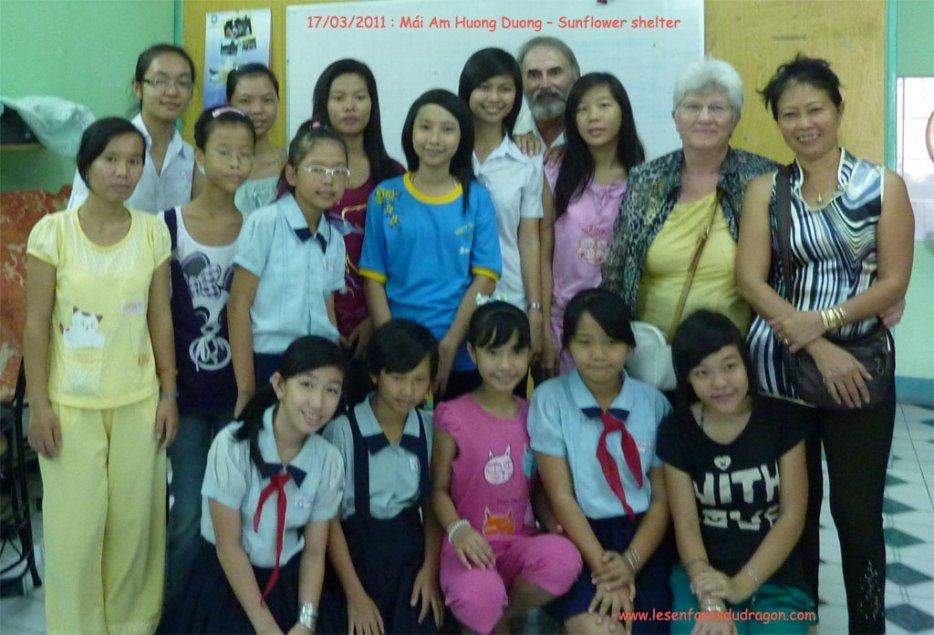 Visite de centres d'accueil pour enfants.