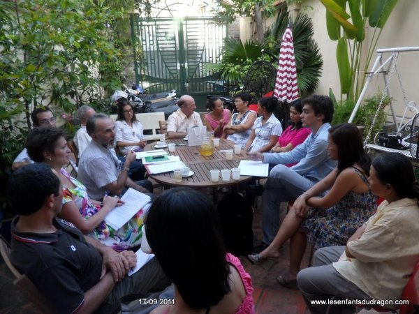Notre première réunion associative au Vietnam...