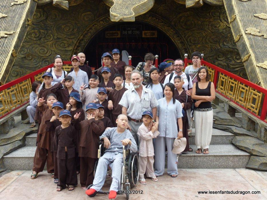 """Sortie au parc de """"Lạc Cảnh Đại Nam Văn Hiến"""" avec les enfants"""