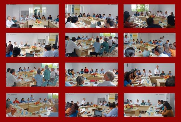 Accueil délégation parlementaire à l'orphelinat Phoenix