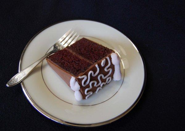 Wedding cakes sur présentoir américain