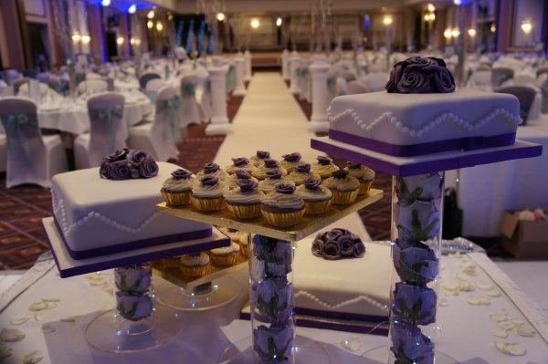 Wedding cake et cupcakes