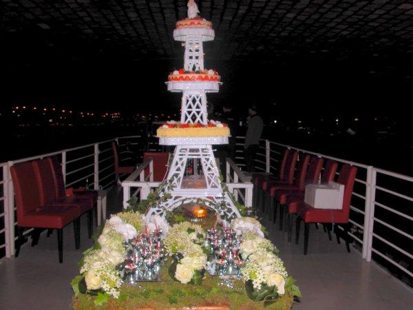 Présentoir gâteaux Tour Eiffel