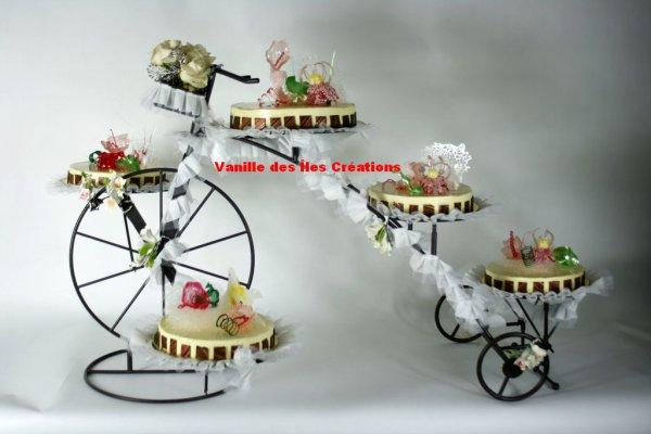 Présentoir  gâteaux vélo