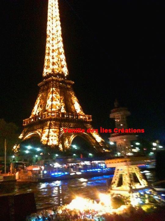 Présentoir gateau Tour Eiffel