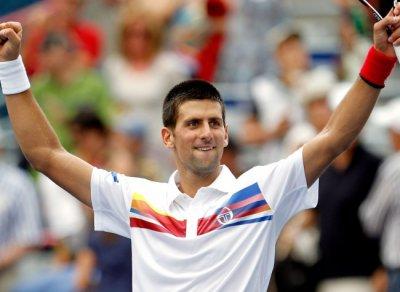 Vive DJOKOVIC le roi du tennis mondial, vive la Serbie mon pays !!!!!! :)