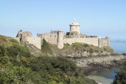 Chateau Fort Du Moyen Age 3