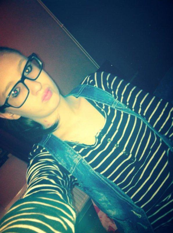 - Personne ne peut changer quelqu'un, mais quelqu'un peut être la raison pour qu'une personne change.. :$
