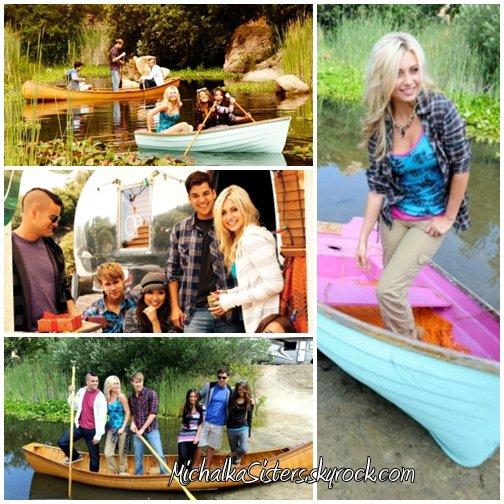 """24/08/2011 : De nouvelles photos du PhotoShoot d'Aly pour Ocean Pacific en compagnie de Brenda Song,Mark Salling,Chord Overstreet et leur noms m'échappent + Nouvelle photo Twitter où Amanda apparait sur le tournage de """"Salem Falls"""" en compagnie de sa co-star !"""