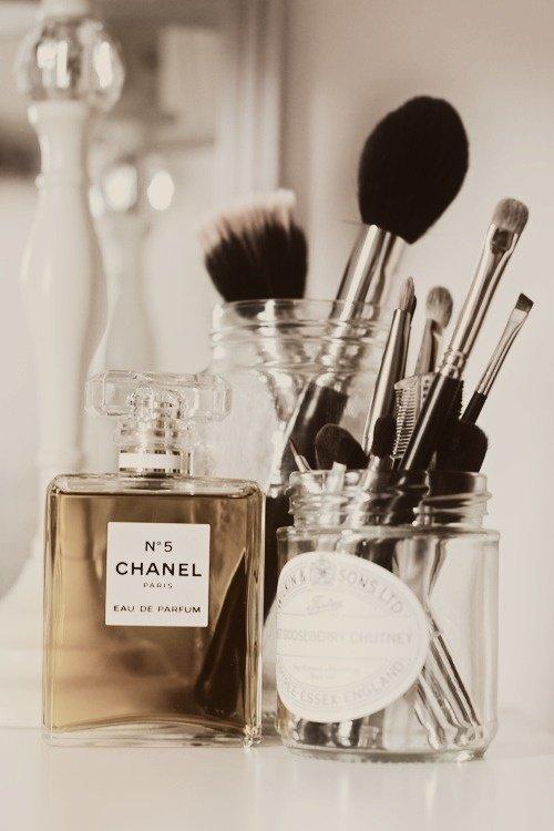 Maquillage : les 5 pinceaux indispensables