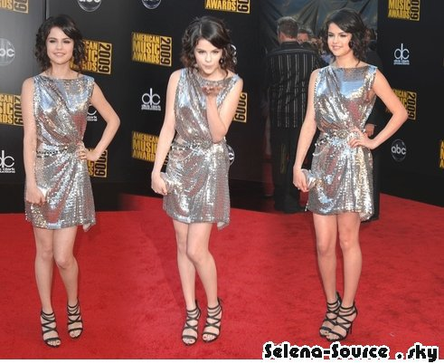 .. Selena aux American Music Awards 2009  //  Partie 1  // ..