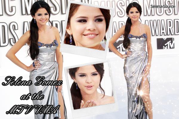 ..  Flashback 12/09/10 : Miss Gomez était aux « MTV VMA » ... Sublimissime, n'est-ce pas ?  ..