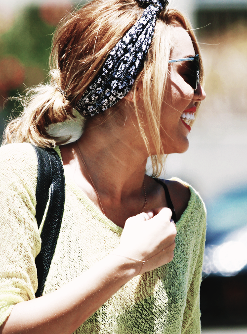๑ Suis toute l'actualité de Miley Cyrus