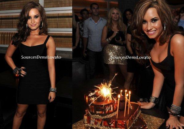 Bonne fête Demi!