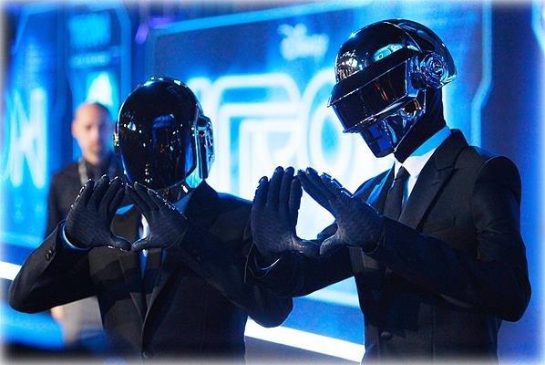 """""""Daft Punk's Electroma"""" : Une histoire de robots en mission"""