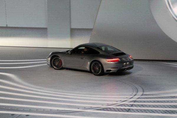 Francfort 2015 live : Porsche 911