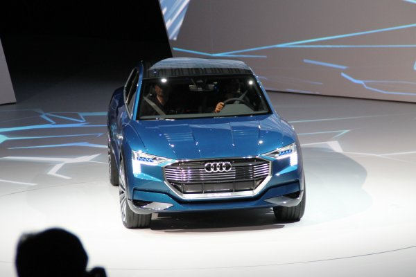Francfort 2015 live : Audi e-tron quattro concept