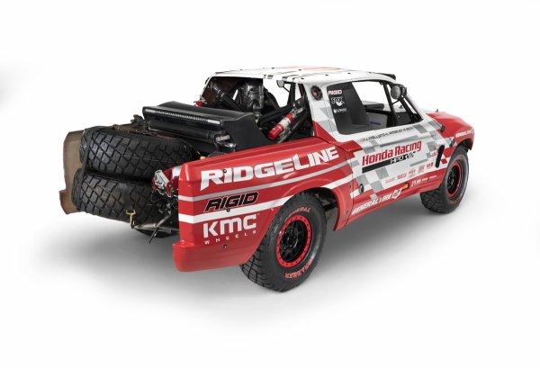 SEMA 2015 : 2017 Honda Ridgeline Baja Race Truck