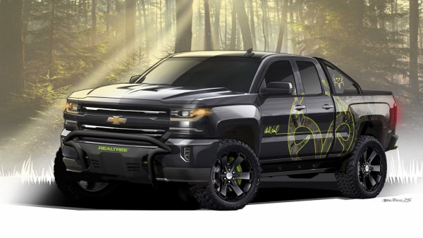 SEMA 2015 : Chevrolet SIlverado Realtree Bone Collector Concept
