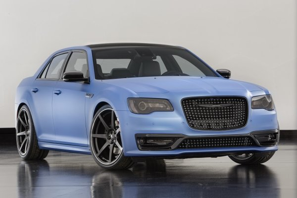 SEMA 2015 :  Mopar Chrysler 300 Super S Concept