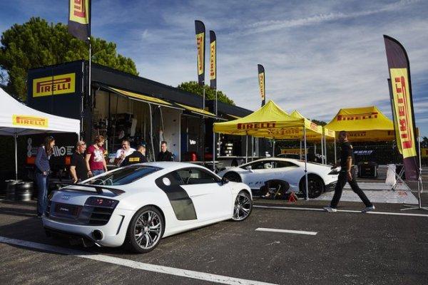 Photo : les supercars des Pirelli P-Zero Experience