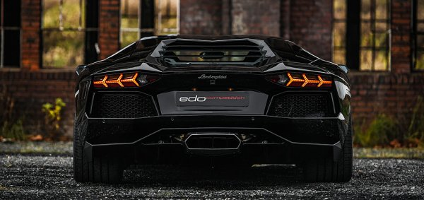 ESSEN Show 2015 : Edo Competitions 488 GTB  et Avendator