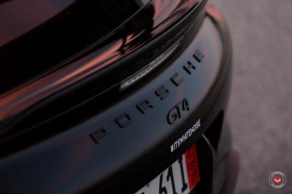 Porsche Cayman GT4 by Vossen