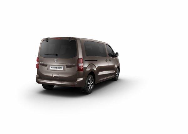 Genève 2016 : Peugeot Traveller, Citroën Spacetourer, Toyota Proace