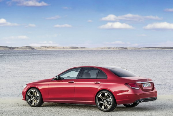 Voici déjà la nouvelle Mercedes Classe-E