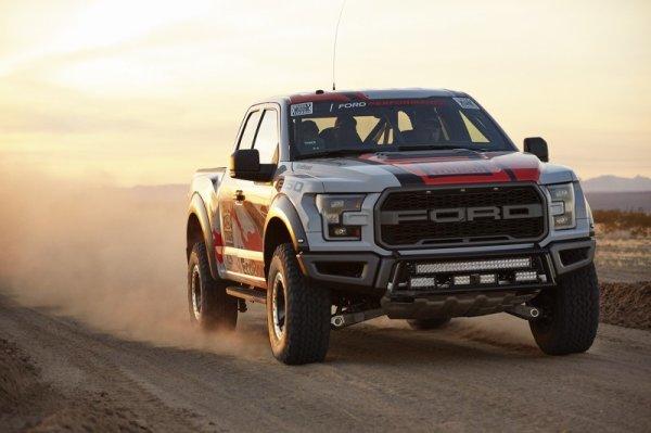 Best in Desert 2016 : le Ford F-150 Raptor à l'attaque