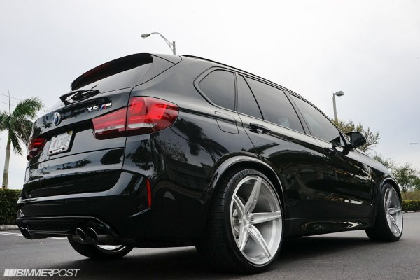 BMW F85 X5M Dropped on 22s and KW V3