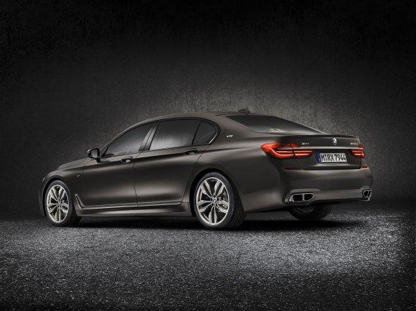 Genève 2016 : BMW M760Li xDrive