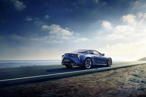 Salon de Genève 2016 : Lexus annonce la LC500h à motorisation hybride