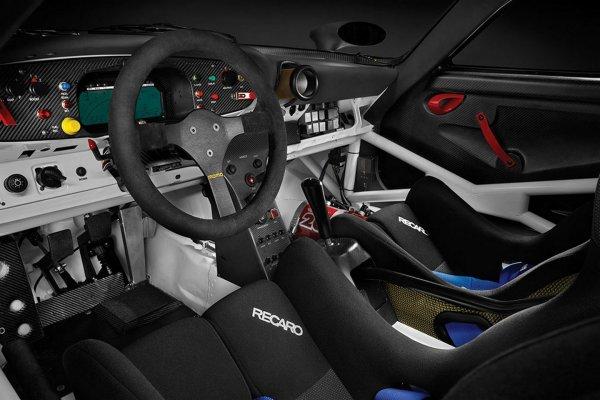 Street-Legal Porsche 911 GT1 Evo