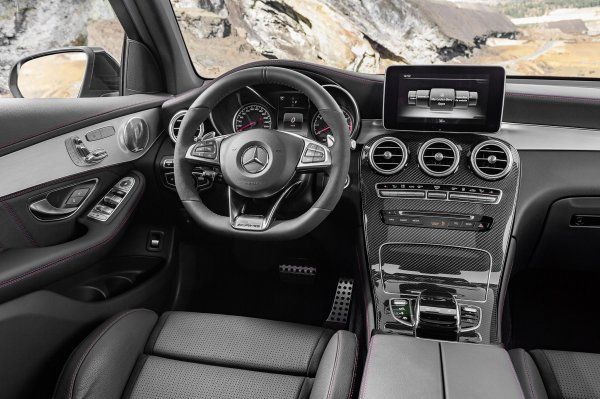 New York 2016 : Mercedes-AMG GLC43