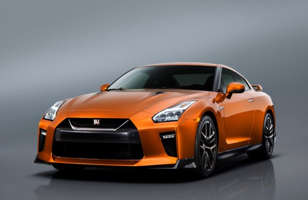 New York 2016 : Nissan GT-R
