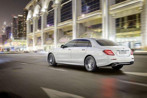 Pékin 2016 : Mercedes Classe-E longue
