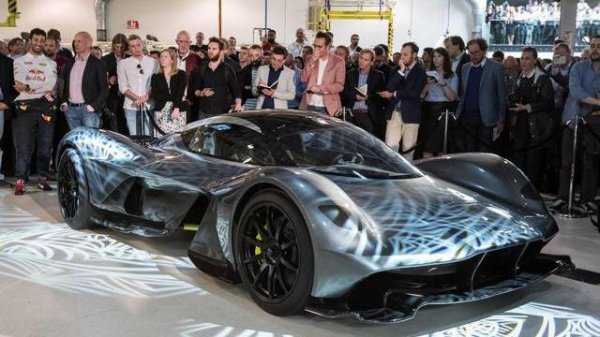 Aston Martin Red Bull AM-RB 001 : un V12 référence
