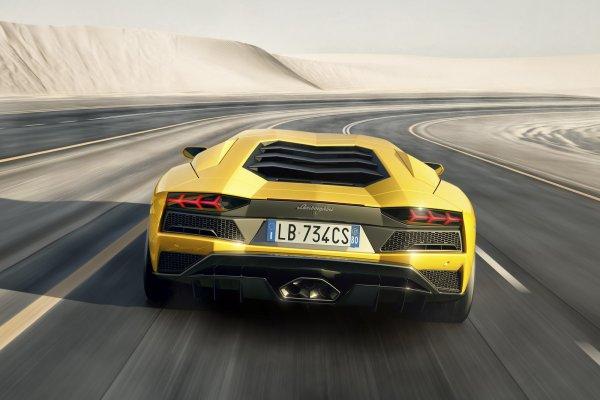 Lamborghini dévoile l'Aventador S