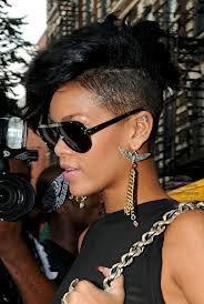 Rihanna : T'aime sa coupe ?