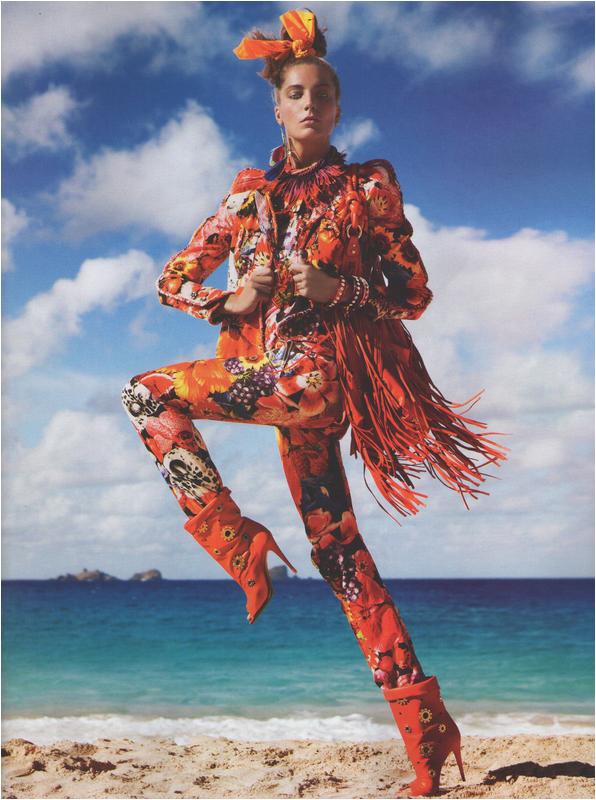 Editorial - Vogue Paris - « Pop Égérie » - mars 2011