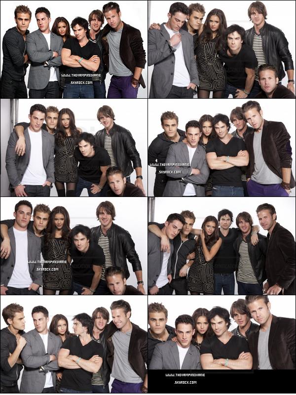 . » Seule au milieu de tous ces mâles ...  NEWS | Voici de très belles et nouvelles photos d'une partie du cast provenant du Comic Con 2010 qui se déroulait à San Diego. Comment tu les trouve ? .