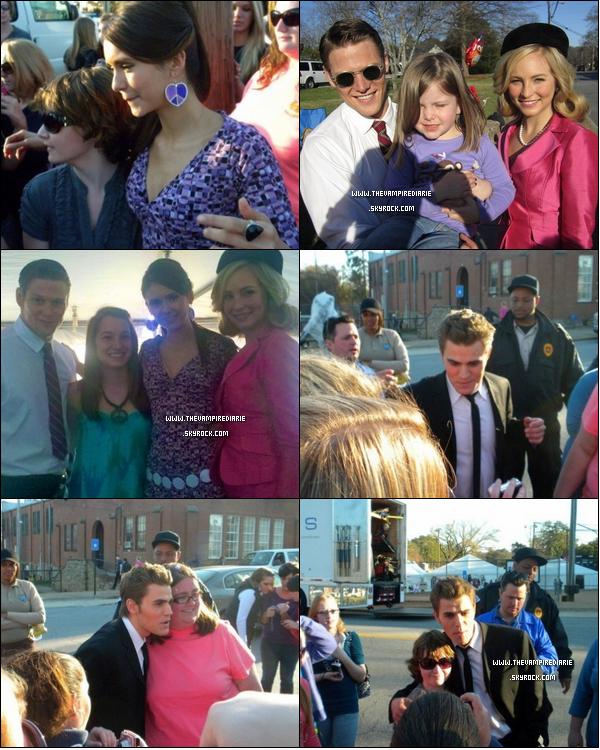 . » Le cast on the set !  ON THE SET   Nina, Ian, Paul, Candice & Zach soit une grande partie du cast, ont été aperçus sur le tournage de l'épisode 2x18 et ont posés avec des fans (chanceux !)..