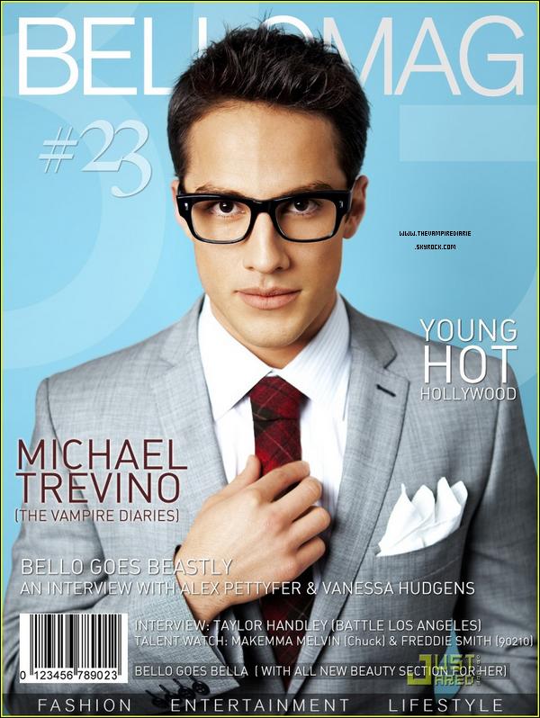 """. MAGAZINE SCAN   Michael fait la couverture du magazine """"Bello Mag"""" et voici aussi quelques scans. Moi je dis quelle classe et élégance. J'adhère totalement ! Vous en pensez quoi ?."""