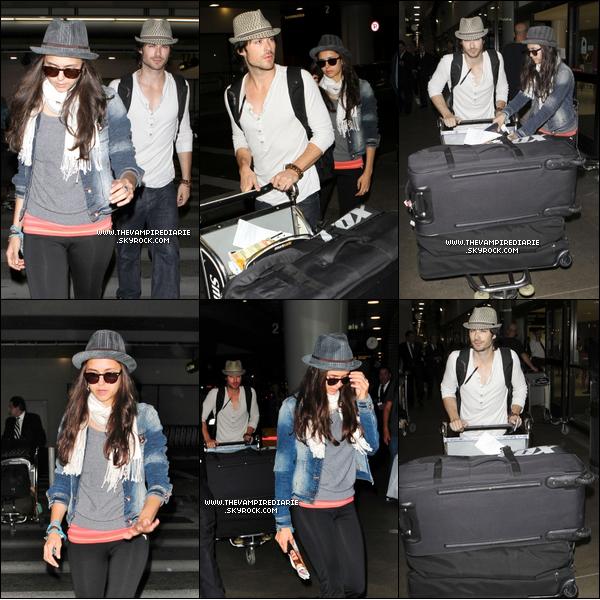 . CANDID - 5 juillet 2011 | Nina & Ian ont été aperçus à l'aéroport de LAX, revenant de leur voyage à Paris..